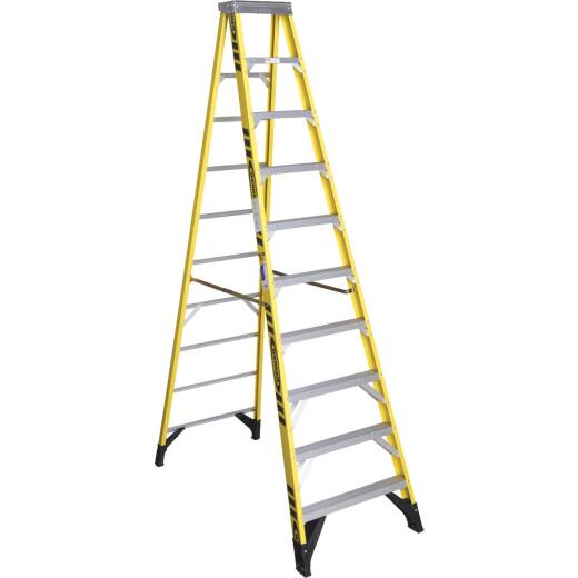 Werner 10 Ft. Fiberglass Step Ladder with 375 Lb. Load Capacity Type IAA Ladder Rating